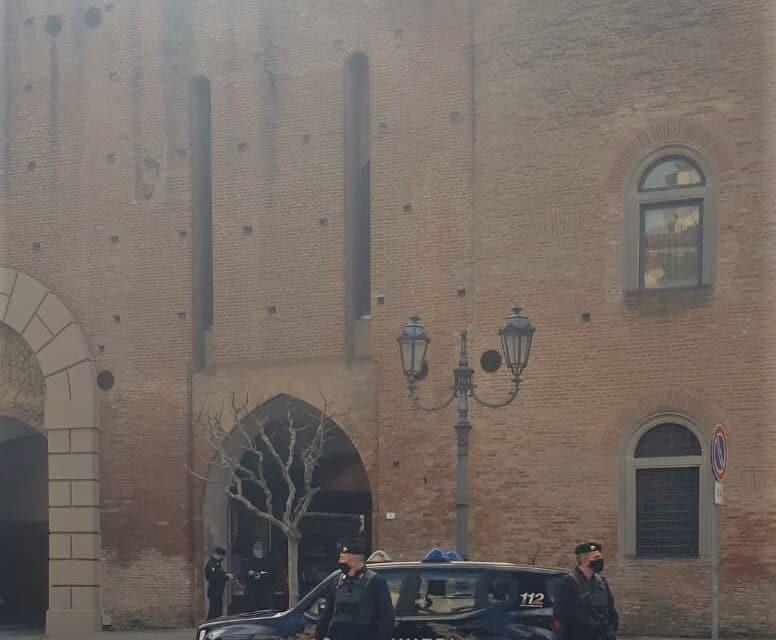 Controlli antiCovid, a Borgo multa a 2 genitori perché i figli giocavano a basket