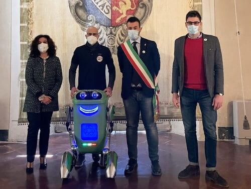 """Matteo Suzzi e il suo RoBidone aprono il festival """"Le Case della Scienza"""""""