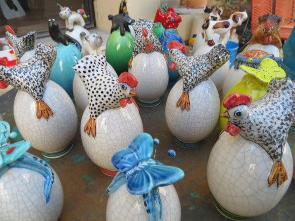 Pasqua 2021 Faenza: uova in ceramica a scopo benefico
