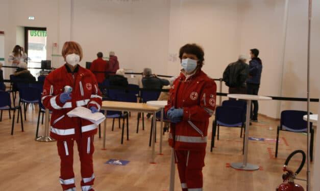 Coronavirus: cresce l'indice di positività in Italia, preoccupano le terapie intensive