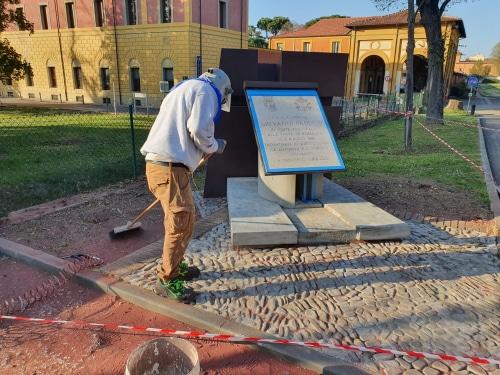 Al via i lavori di riqualificazione della lapide intitolata a Papa Giovanni Paolo II