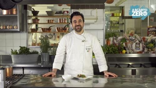 """Ricette sui social, le """"Polpette a scarto zero"""" dello chef Max Mascia"""
