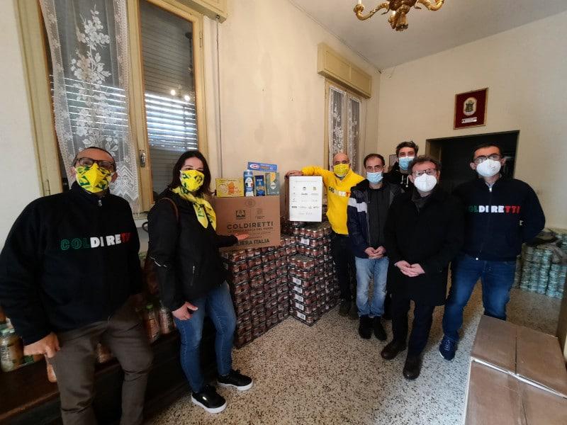 """""""A sostegno di chi non può"""", 1250 kg di prodotti alimentari per Caritas Faenza"""
