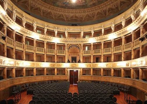 Teatro Masini, il 17 e 18 maggio si riapre con Max Giusti