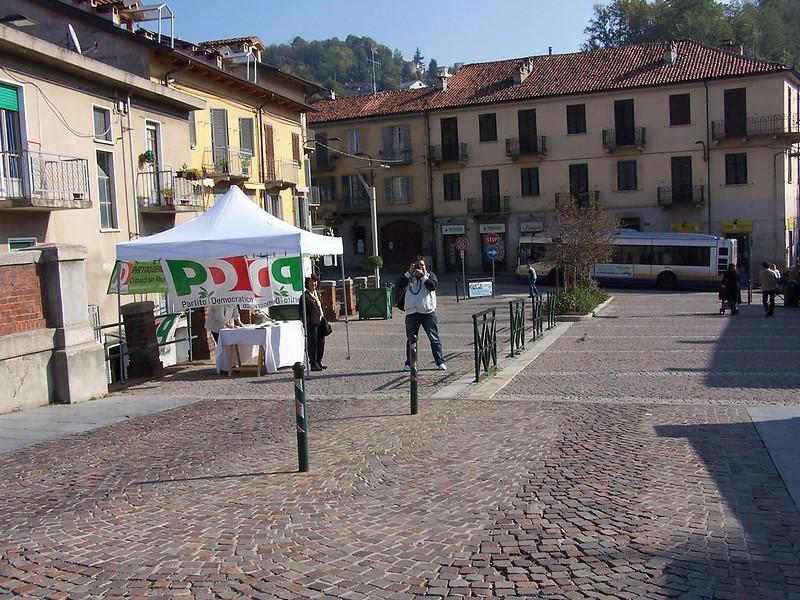 Le elezioni a Bologna: l'impossibilità di essere normali