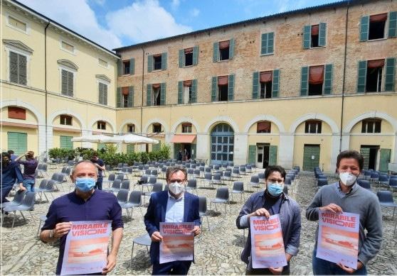 """""""Mirabile visione"""": al via la 40esima stagione dell'Arena Borghesi (in piazza Nenni)"""