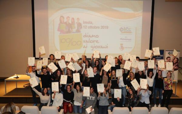 """""""100/100 – Diamo valore ai giovani"""", ancora una premiazione online"""