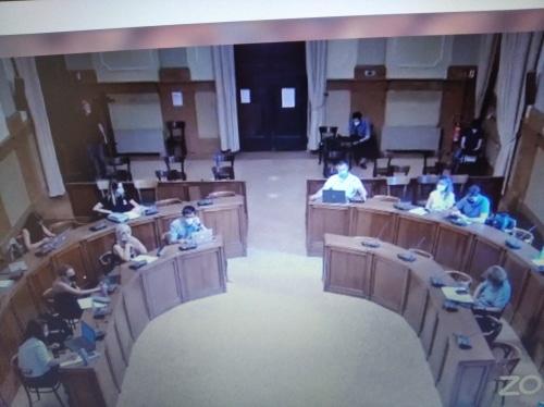 Danni al Monumento in Consiglio, dura condanna, diverse vedute sulla prevenzione