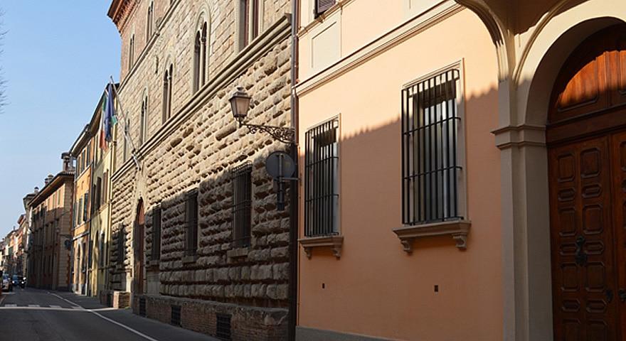Altri lavori per il teleriscaldamento a palazzo Calderini, disagi per i cittadini della zona