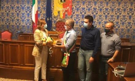 Cambio della guardia a Castello: la dirigente Paparozzi lascia il posto alla Emiliani
