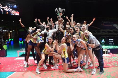 Volley, le campionesse italiane dell'Imoco Conegliano al 2° trofeo McDonald