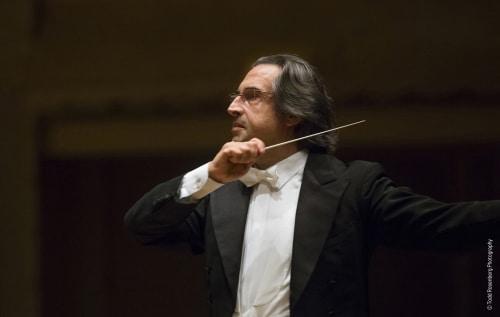 Il Maestro Riccardo Muti dirige per la prima volta un concerto a Imola