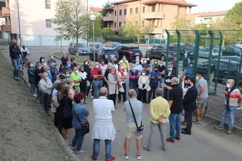 """Comitato Lennon-Curie dal sindaco che dice """"No"""" alla strada e """"Sì"""" all'area verde"""