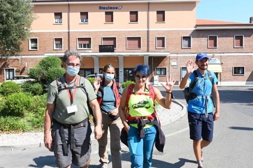 """Inaugurata la """"Via del Gesso"""", quattro escursionisti partiti per il percorso di 70 km"""