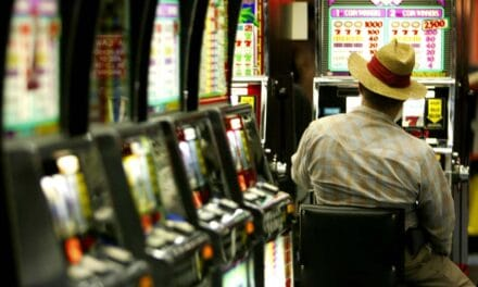 """Contro il gioco d'azzardo, aiuti alle imprese """"slot free"""" e alle scuole per progetti"""