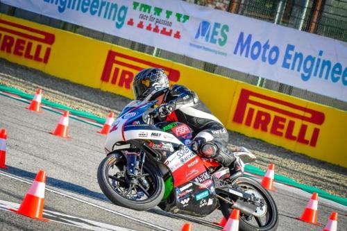 Competizione universitaria di moto elettriche da tutta Europa all'autodromo