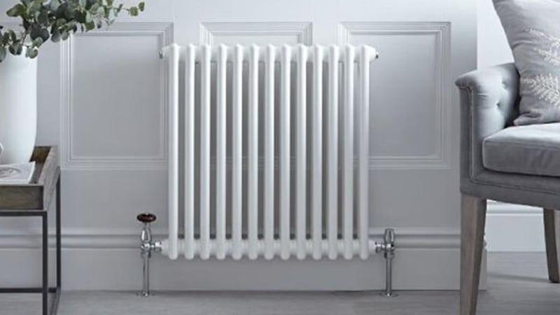 Il sindaco Panieri firma l'ordinanza per accendere gli impianti di riscaldamento