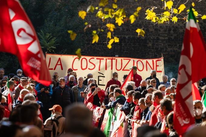 Sabato 16 ottobre Cgil Cisl e Uil in piazza: no al fascismo, sì al lavoro